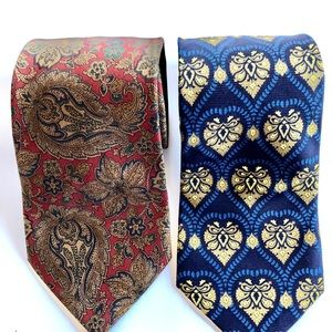 Coach ties lot of two.